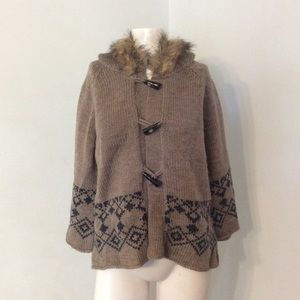 Buffalo Nordic Fur Trim Hood Toggle Sweater L XL
